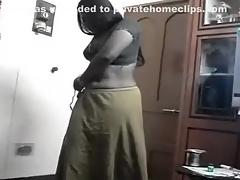Telugu Aunty on Her Knees Torn up