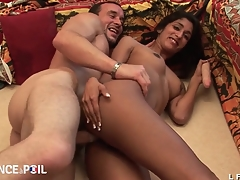 Casting assfuck d une jeune indienne