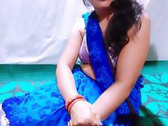 bhabhi kisses kar rahi hai mera land khada ho gaya fir chuda