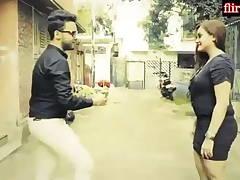 Sweet Indian duo Ne Goa Jaake Apna pura josh Nikala