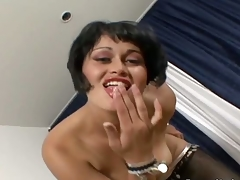 Impure Arab doxy loves displaying her nice part1